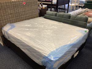New Queen American Bedding Firm Mattress & Boxspring Set for Sale in Virginia Beach, VA