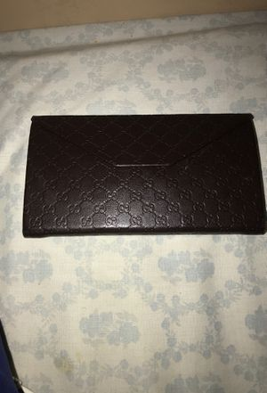 Gucci wallet / glasses holder for Sale in Washington, DC