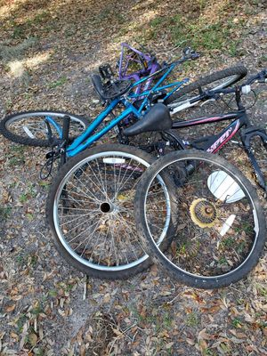 Free bike parts must take all for Sale in Plant City, FL