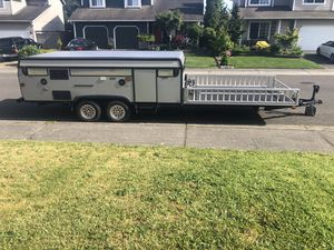 2010 Coleman E4 pop up camper / toy hauler for Sale in Bonney Lake, WA