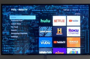 "55"" 4K UHD Roku Smart TV 120Hz HDR (Like New) for Sale in College Station, TX"