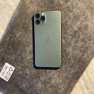 iPhone 11 Pro Unlocked for Sale in Antioch, CA