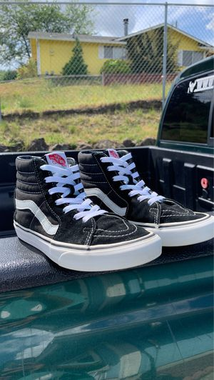 Vans High Top Black and White for Sale in Tacoma, WA