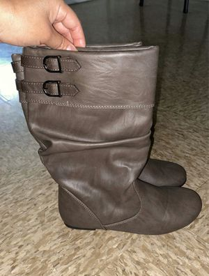 Girl Boots size 5 (child) for Sale in Goodyear, AZ