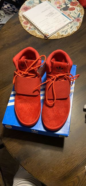 NIB adidas youth sz 5 tubular invader red for Sale in Los Angeles, CA