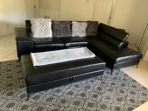 Black Sectional with storage ottoman for Sale in West Palm Beach, FL