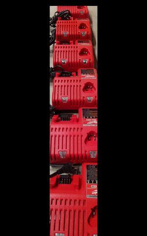MILWUAKEE M18 MULTICHICHARGER BRAND NEW EACH POR UN CARGADOR for Sale in San Bernardino, CA