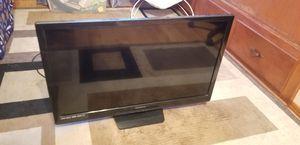 """Magnavox 32"""" TV for Sale in Orange, CA"""