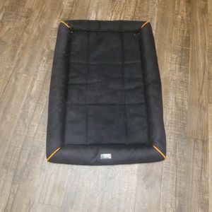 Vibrant Life Durable & Water Resistant Crate Mat, Small for Sale in Waxahachie, TX