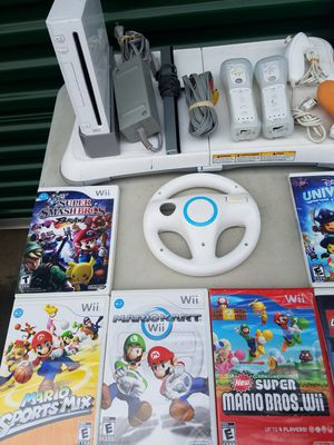 Wii 2 controles 14 games for Sale in Santa Maria, CA