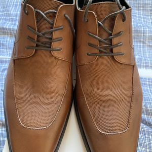 Men's Calvin Klein Brown Leather Dress Shoes Sz 12 for Sale in Burbank, CA
