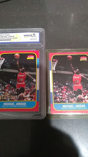 Jordan cards one number for decade of Excellence mint 10 the other reprint of 57 for Sale in Pico Rivera, CA