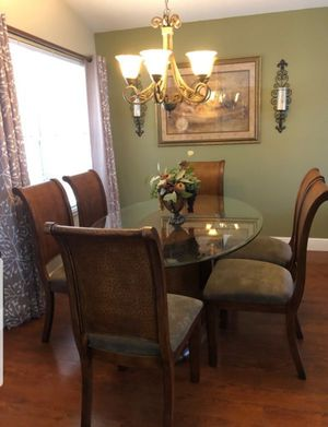 Ashley dining table for Sale in Orlando, FL