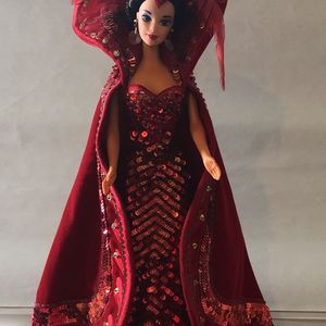 """1991 Barbie & Bob Mackie & """"The Queen of Hearts""""❤️ for Sale in Buena Park, CA"""