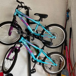 Girls bicycle Mongoose for Sale in West Palm Beach, FL