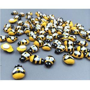 Fairy garden decor Bumble Bee for Sale in Macon, GA