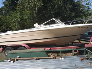 Century boat for Sale in Paradise, TX