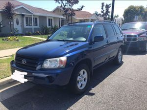 Toyota Highlander 06 for Sale in Lakewood, CA