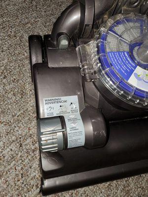 Dyson DC33 Multi Floor Upright Vacuum for Sale in Orlando, FL
