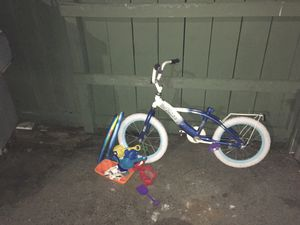 Kids stuff bike and beach toys - FREE for Sale in Palo Alto, CA