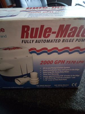 12v bilge pump for Sale in Navarre, FL