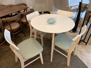 Dining Set for Sale in Hilliard, OH