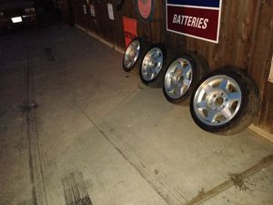 Tires 16 in for Sale in Bakersfield, CA