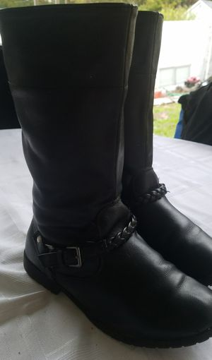 Girls size 2 boots for Sale in Clarks Summit, PA