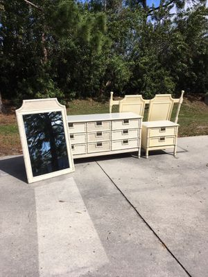 4 Piece Bedroom Set DELIVERY AVAILABLE 🚗 for Sale in Bonita Springs, FL