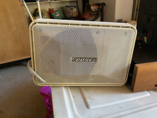 Bose speaker includes 4 of them