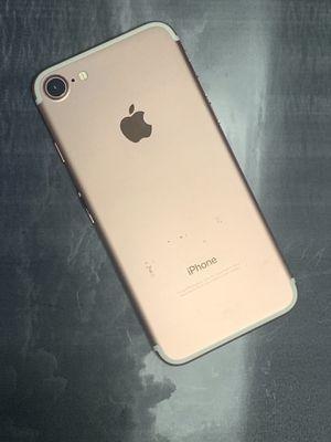 IPhone 7 32gb unlocked warranty for Sale in Malden, MA