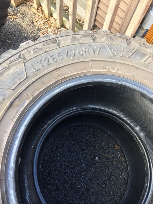 Tires 285/70/17 2 federal courage and 1 mickey thompson tires