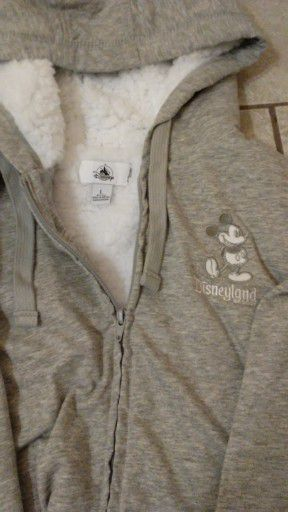 Disney adult large sweater brand new for Sale in Norwalk, CA