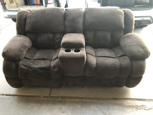 Recliner sofa for Sale in Gilbert, AZ