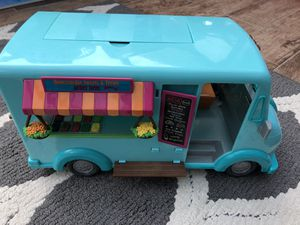 Lil' Woodzeez Honey Suckle Sweets and Treats Food Truck Toy for Sale in Lakehurst, NJ