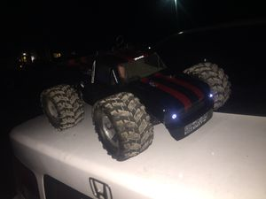 nitro RC needs nothing redcat earthquake 3.4 for Sale in Riverside, PA