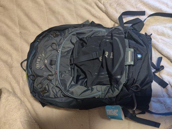 Osprey camel back hiking backpack