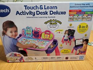 Vtech touch and learn desk deluxe for Sale in Brunswick, OH