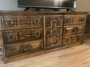Antique American Drew Dresser $350 OBO - NEED GONE ASAP for Sale in Brush Prairie, WA