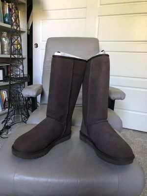 Women's UGG suede leather boots brand new for Sale in Lakewood, CO