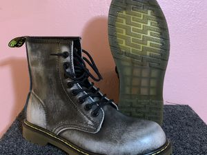 Doc Martin-like Boots BRAND NEW!!! Mens size:7/Women's 9 for Sale in NEW PRT RCHY, FL