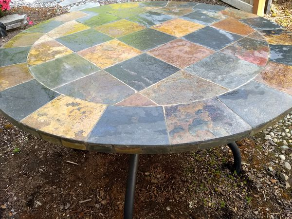 Indoor/ Outdoor Natural Stone Mosaic Round Table