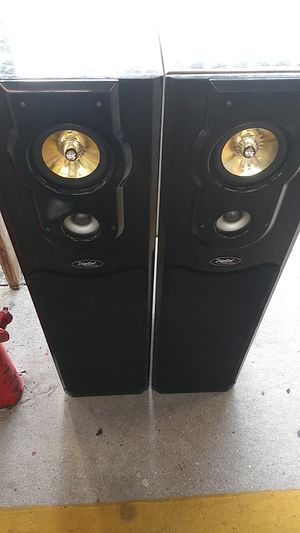 Speakers only 40 for both for Sale in Lehigh Acres, FL