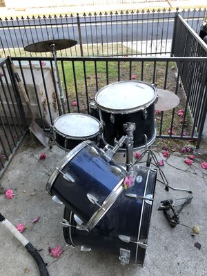Silvertone drum set 45$ for Sale in Santa Ana, CA