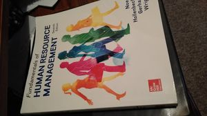 HR MGT 7th edition for Sale in Cleveland, OH