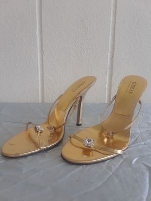 """GUESS """"CADILAC"""" HEELS for Sale in Port Charlotte, FL"""