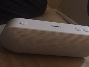 white bluetooth speaker for Sale in Sebring, FL