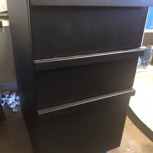 Metal Filing Cabinet - Black for Sale in Los Angeles, CA