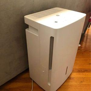 Like new dehumidifier for Sale in Brooklyn, NY