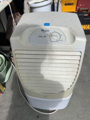 Whirlpool humidifier for Sale in Woodinville, WA